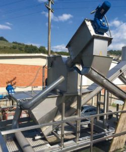 unit screening grit removing and degreasing by equipwater