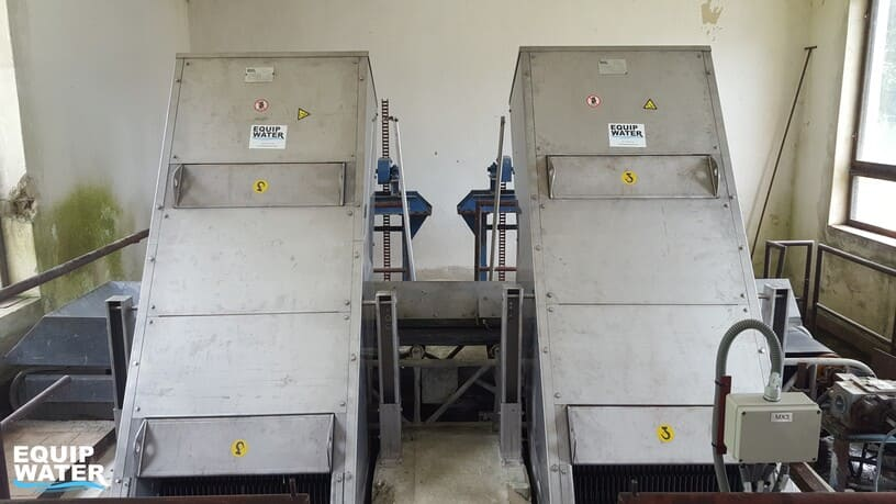 installation of two step screens in channel by equipwater